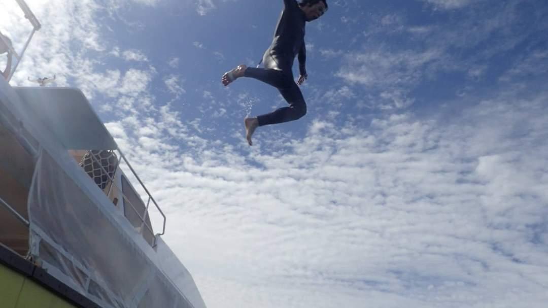 船からのジャンプ、飛び放題☆