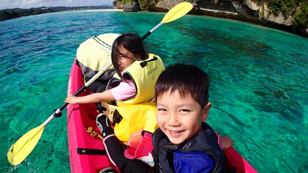 最高にキレイな海の色☆ 無人島に近づくにつれて、海の色がすごく綺麗になってきます! 本島だけど離島並みの透明度!