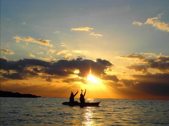 【沖縄・宮古島】【早朝】朝から爽やか感動体験!サンライズSUPorカヌー【写真データ無料】
