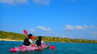【沖縄・宮古島】世界レベルの海を体感!絶景ビーチで選べるSUP/カヌーツアー【写真データ無料】