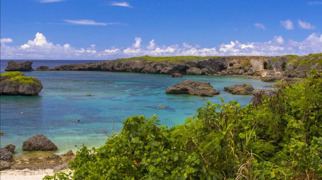 宮古ブルー! 宮古島には、川らしい川がなく、雨が降っても土砂が川から海に流れることが、あまりないのでキレイと言われています!
