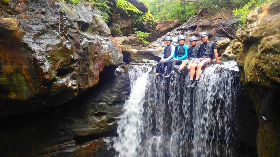 1日で西表島の2つのアクティビティを楽しめる! 2つの川遊びで世界遺産候補地・西表島の大自然を体験しつくす人気プランです!