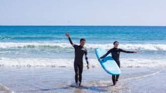 【千葉・勝浦】勝浦周辺の綺麗な海で手ぶらのサーフィンレッスン!!