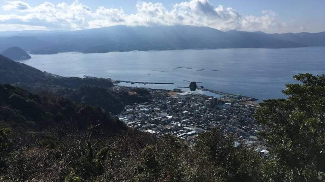 富士山・南アルプスや駿河湾を見渡せるビューポイントでランチタイム♪