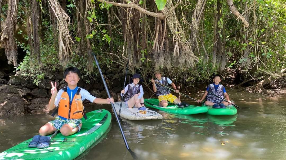 沖縄県最大級の比謝川で今話題のSUP探検!
