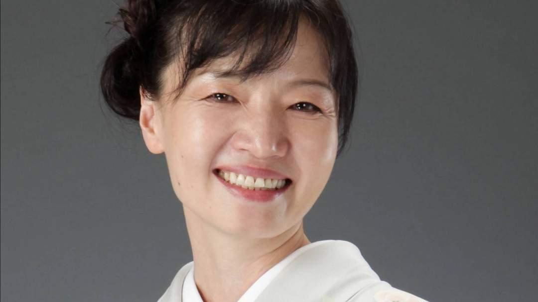 日本テーブル茶道協会認定講師が優しくご指導いたします。