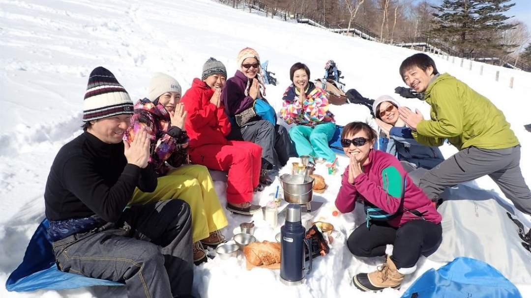 ワンプレイト特製雪中ホカホカアウトドアランチ♪