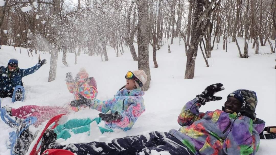 パフパフの雪で大はしゃぎしよう♪